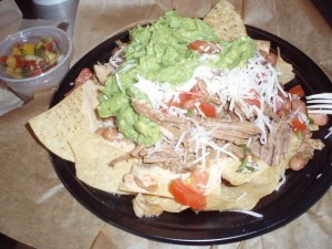 healthy-meal-ideas-from-americas-fast-food-restaurants-beef-nachos